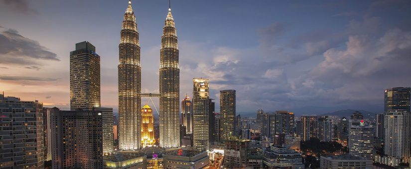 pic-the-history-and-construction-of-the-petronas-twin-towers-825x340
